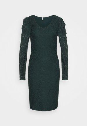 ONLPOULA DRESS - Etuikjole - scarab