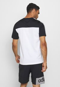 adidas Performance - ESSENTIALS TRAINING SPORTS SHORT SLEEVE TEE - Print T-shirt - black/white - 2