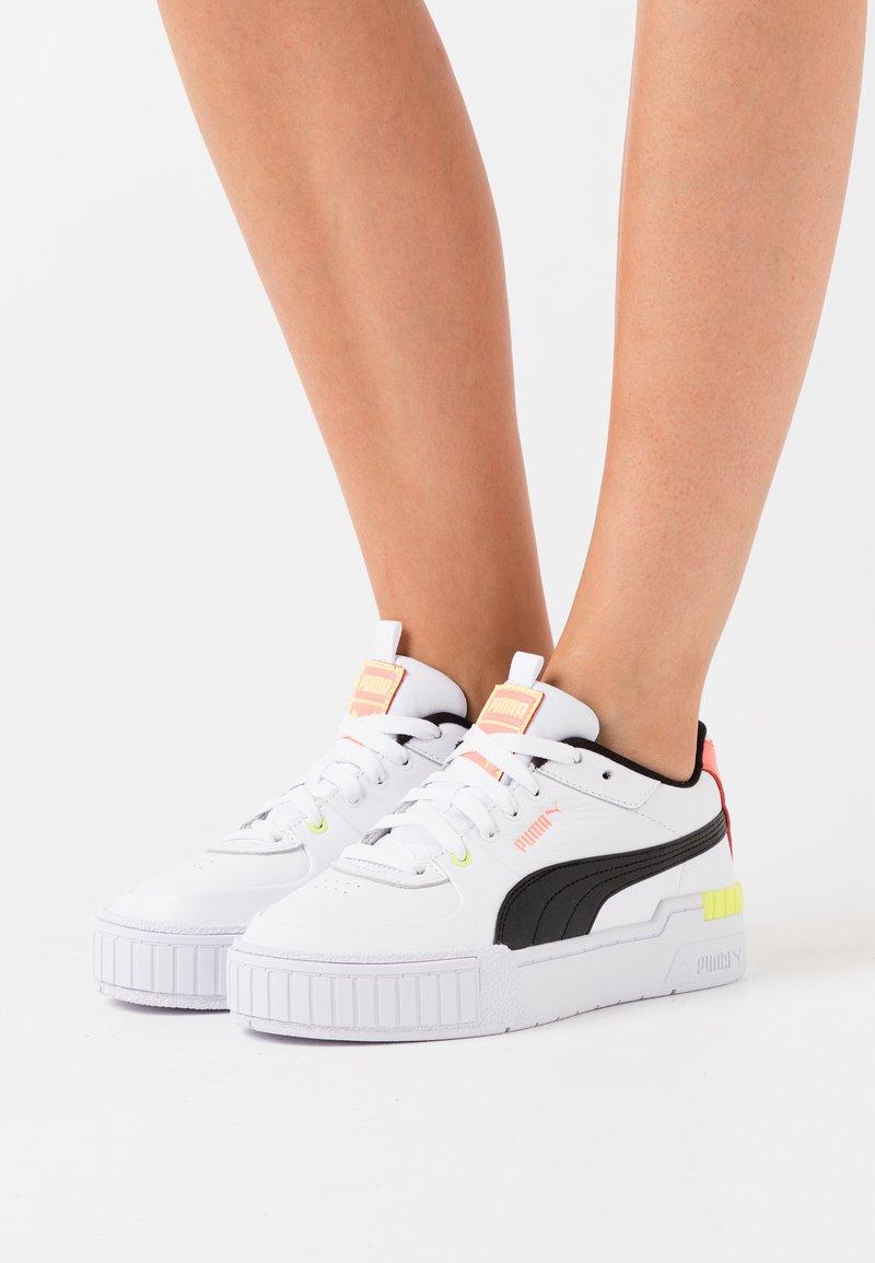 Puma - CALI SPORT - Zapatillas - white/black/peach