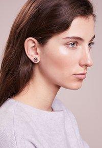 Tory Burch - LOGO CIRCLE EARRING - Oorbellen -  silver-coloured - 1