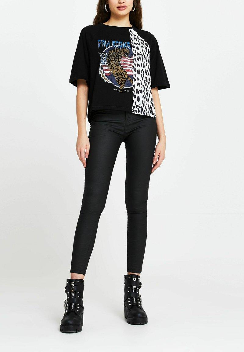 River Island - Print T-shirt - black