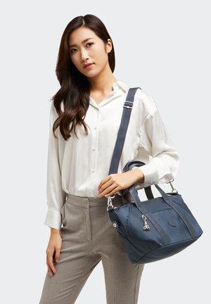 Handbag - paka blue