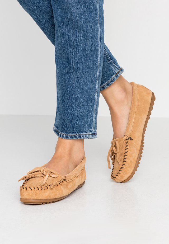 KILTY - Moccasins - taupe