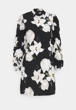 OBJCASANDRA SHORT DRESS  - Vapaa-ajan mekko - black