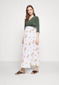 Dorothy Perkins Maternity - CAMI FLORAL CRINKLE DRESS - Maxi dress - ivory - 1