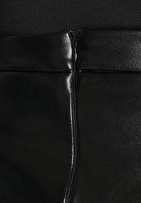 Anna Field - PU leather mini skirt - Minisukně - black - 5
