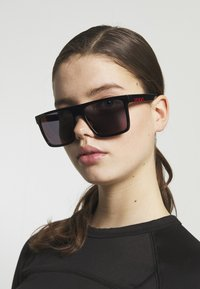 HUGO - Sunglasses - black - 1