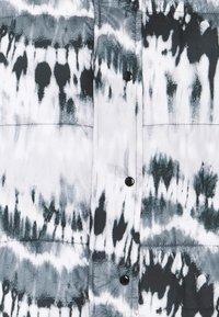 Missguided - TIE DYE PUFFER - Winter jacket - black - 2
