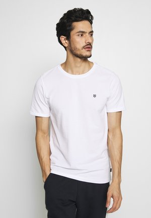 JPRBLAHARDY TEE CREW NECK - Basic T-shirt - white