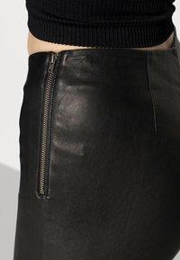 YAS - YASZEBA STRETCH - Kožené kalhoty - black - 4