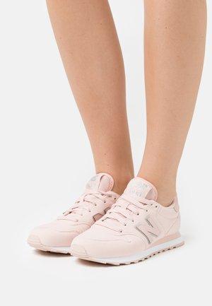 GW500 - Sneakers laag - light pink
