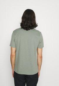 AllSaints - BRACE CREW - Basic T-shirt - agave green - 2