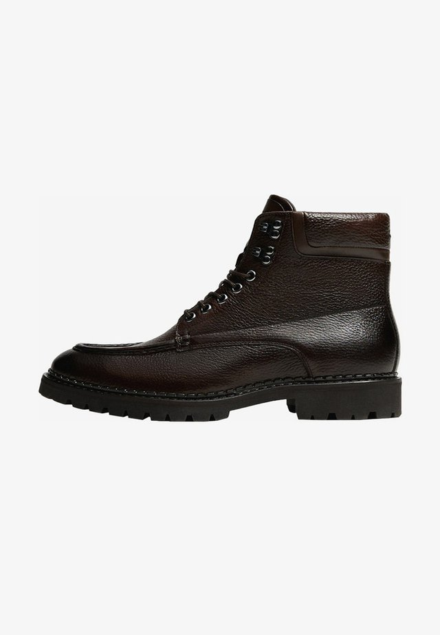 MIT PROFIL - Lace-up ankle boots - brown