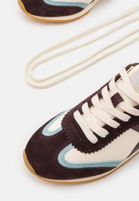 Tory Burch - HANK  - Trainers - new ivory/northern blue - 6