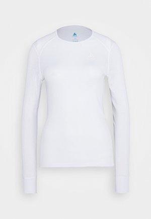 CREW NECK ACTIVE WARM - Camiseta interior - white