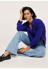 Mango - Button-down blouse - bleu - 4