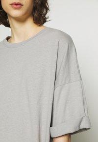 American Vintage - CYLBAY - Basic T-shirt - craie - 5