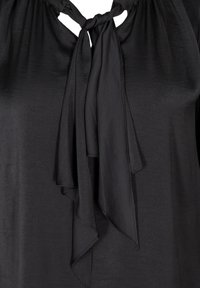 Zizzi - WITH A BOW DETAIL - Blouse - black - 2