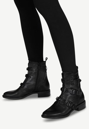 Kotníková obuv - black uni
