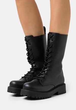 VEGAN DEREK BOOT - Platform boots - black
