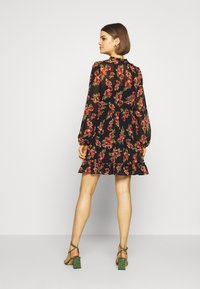 NA-KD - FLOWY MINI DRESS - Day dress - black/red flowers - 3