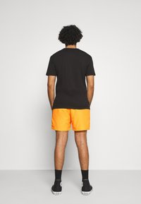 adidas Originals - SPORTS INSPIRED - Shorts - solar gold - 2