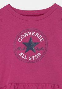 Converse - CHUCK PATCH SET - T-shirt con stampa - active fuchsia - 3