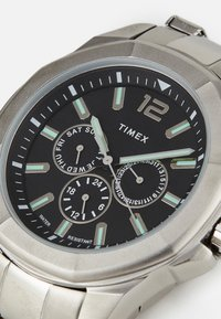 Timex - ESSEX AVENUE MULTIFUNCTION - Hodinky - silver-coloured/black - 4