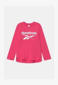 Reebok - CLASSIC - Top sdlouhým rukávem - shock pink - 0