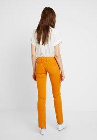 Pepe Jeans - VENUS - Trousers - stretch sateen (smu) - 2