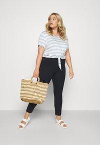 Lauren Ralph Lauren Woman - KESLINA PANT - Trousers - navy - 1