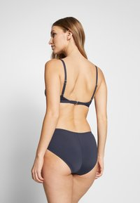 MICHAEL Michael Kors - LOGO SOLIDS BELTED BOTTOM - Spodní díl bikin - new navy - 2
