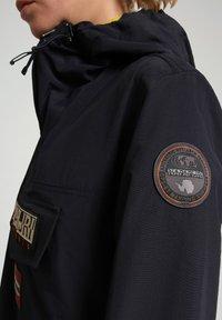Napapijri - RAINFOREST SUMMER - Winter jacket - blu marine - 5