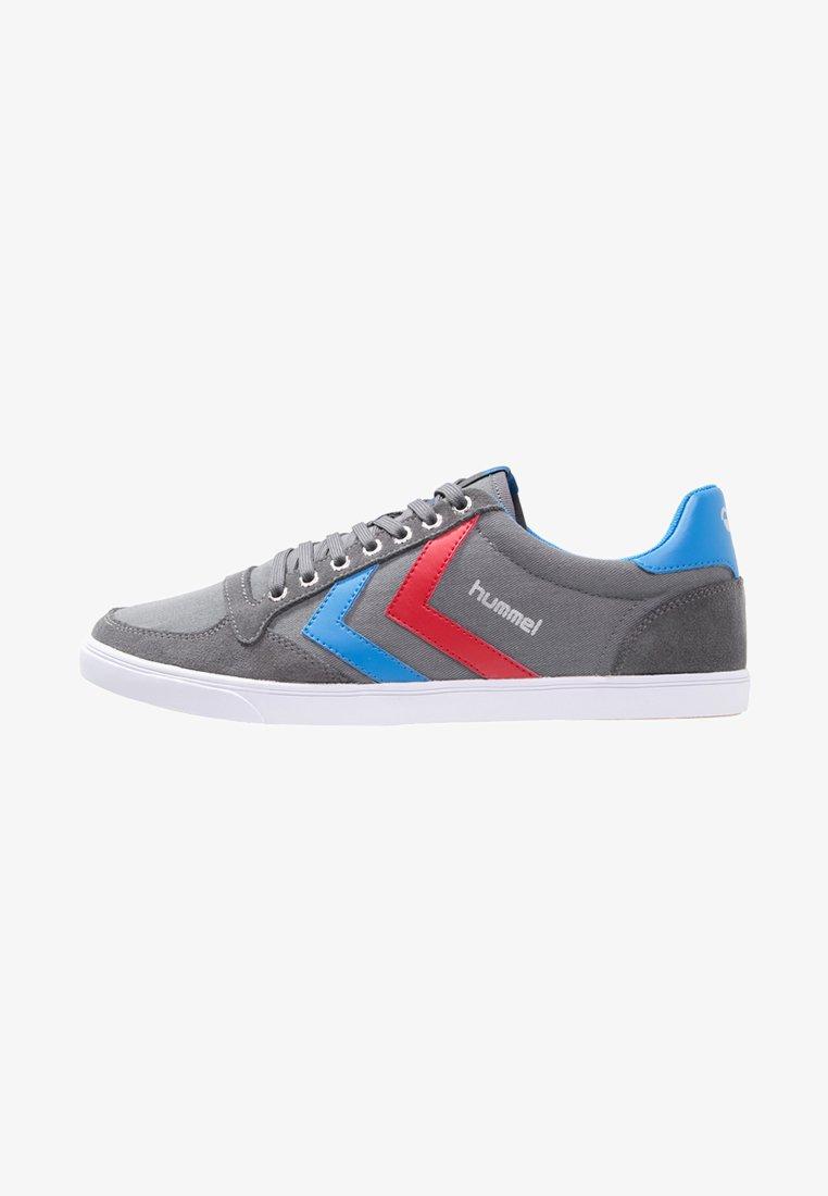 Hummel - SLIMMER STADIL - Sneakers laag - castle rock/ribbon red/bril blue