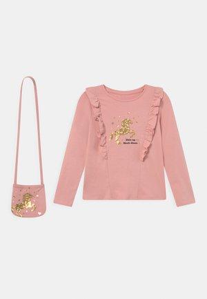 SMALL GIRLS - Long sleeved top - mellow rose