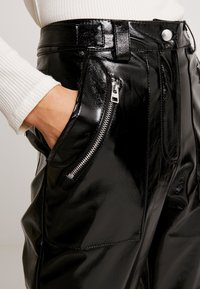 Topshop - STRAIGHT LEG - Stoffhose - black - 5