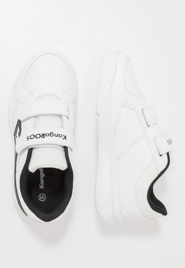 K-COPE - Sneakers - white/jet black