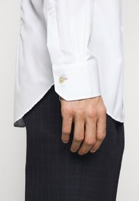 Paul Smith - GENTS TAILORED - Formal shirt - white - 6