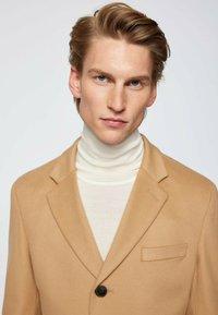 BOSS - H-HYDE - Classic coat - beige - 5