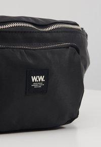 Wood Wood - ROBIN BUMBAG - Bum bag - black - 2