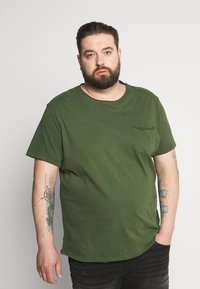 Blend - SLIM  - T-shirt basic - forest green - 0