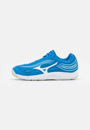 CYCLONE SPEED 3 - Zapatillas de voleibol - french blue/white/ignition red