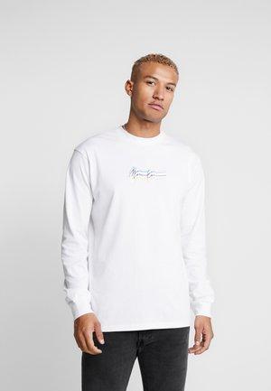 TRIPLE LONG SLEEEVE - Långärmad tröja - white