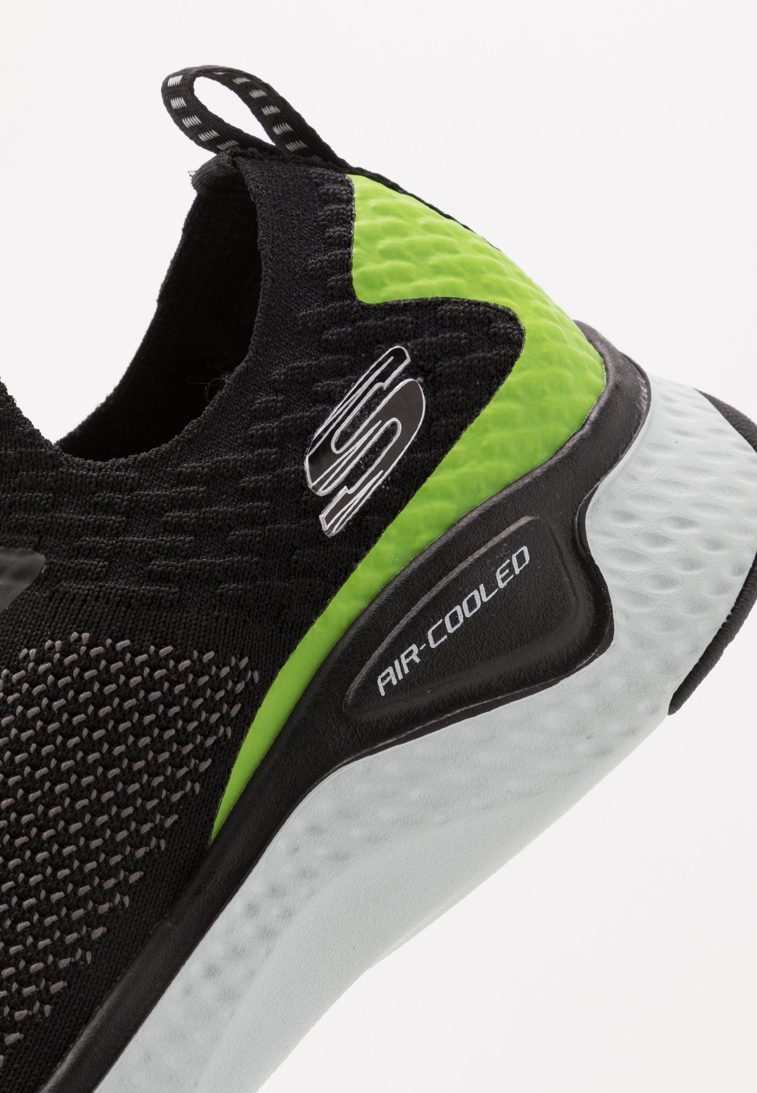 Skechers Sport SOLAR FUSE Joggesko black Zalando.no
