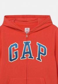 GAP - BOY LOGO  - Zip-up hoodie - deep papaya - 2