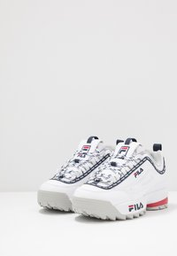 Fila - DISRUPTOR LOGO - Baskets basses - white - 3