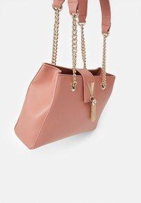 Valentino Bags - DIVINA - Handbag - rosa antico - 3