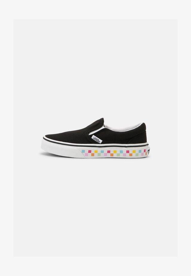 UY CLASSIC SLIP-ON - Sneaker low - rainbow/black