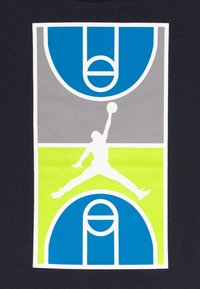 Jordan - COURT GRAPHIC TEE SET - Sports shorts - atmosphere grey - 4