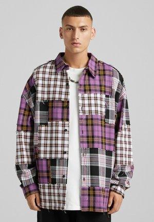 KARIERTE MIT PATCHWORK  - Summer jacket - mauve